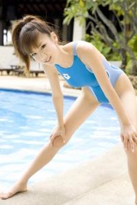 hoshino-aki002.jpg