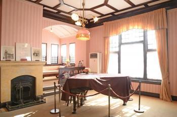 風見鶏の館グランドピアノ2