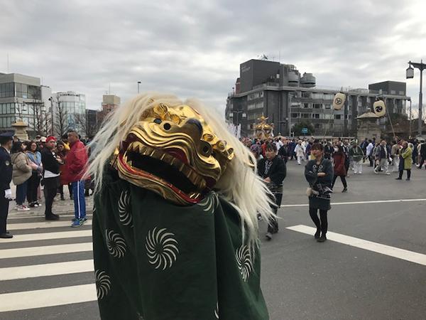 明治神宮前獅子舞2