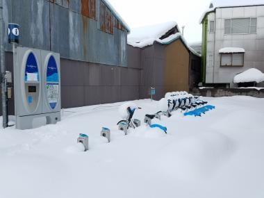 18富山大学前雪201802