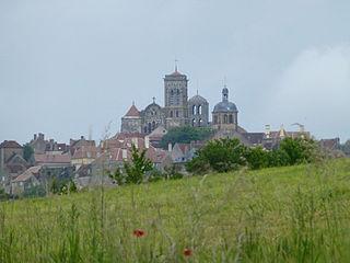 320px-Paysage_autour_de_Vézelay_(3)