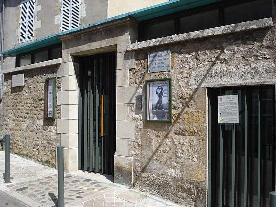 800px-Vézelay,_maison_de_Romain_Rolland