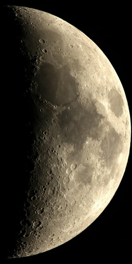 20171225-moon-reg40s.jpg