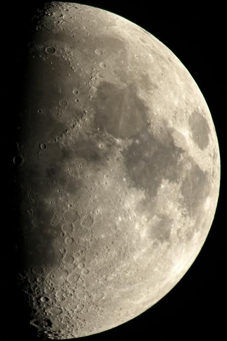 20171227-moon-reg48s2.jpg