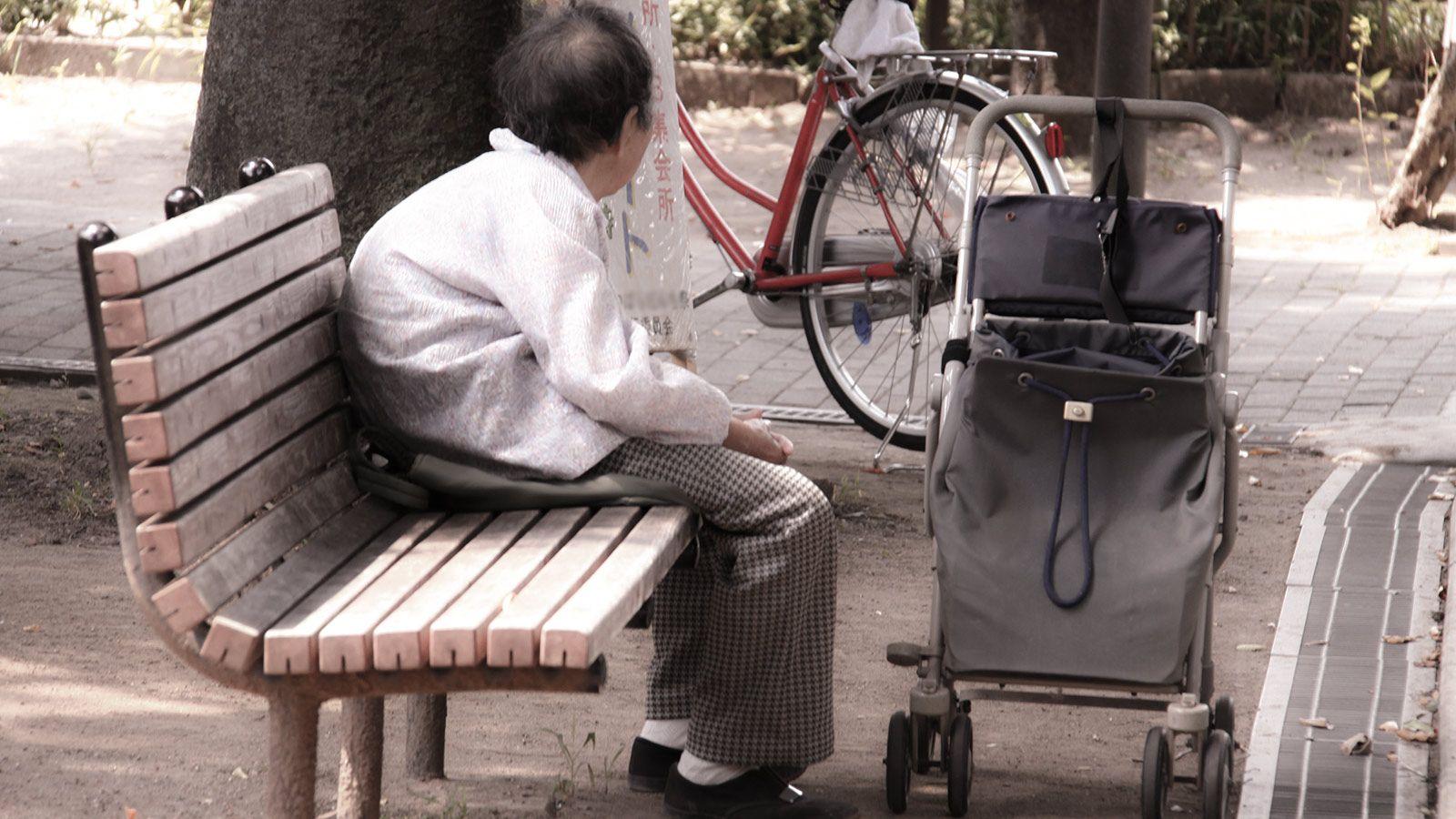 【年金13万円】「持ち家」が足かせ、「生活保護」を受けることすらできない!