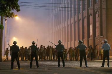 キャスリン・ビグロー 『デトロイト』 1967年に起きた「デトロイト暴動」の最中に起きたある事件を題材にしている。