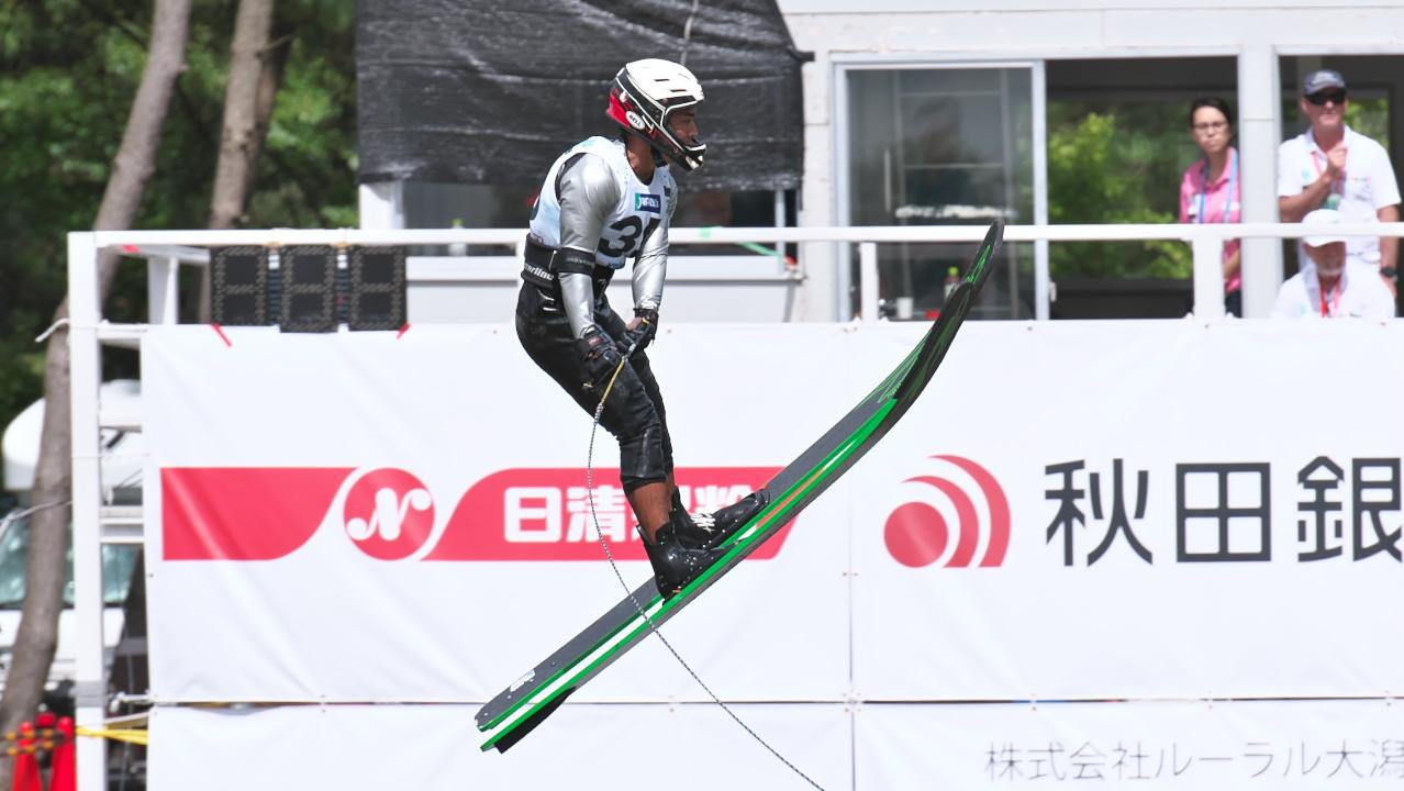 Jun Shimura 2016WUC Pre' Jump