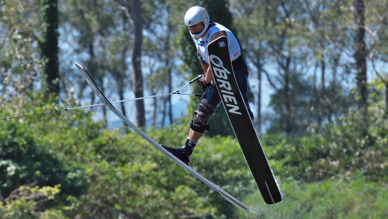 Shintaro Tsuchiya (JPN-SV) 2016WUC Final Jump Test run