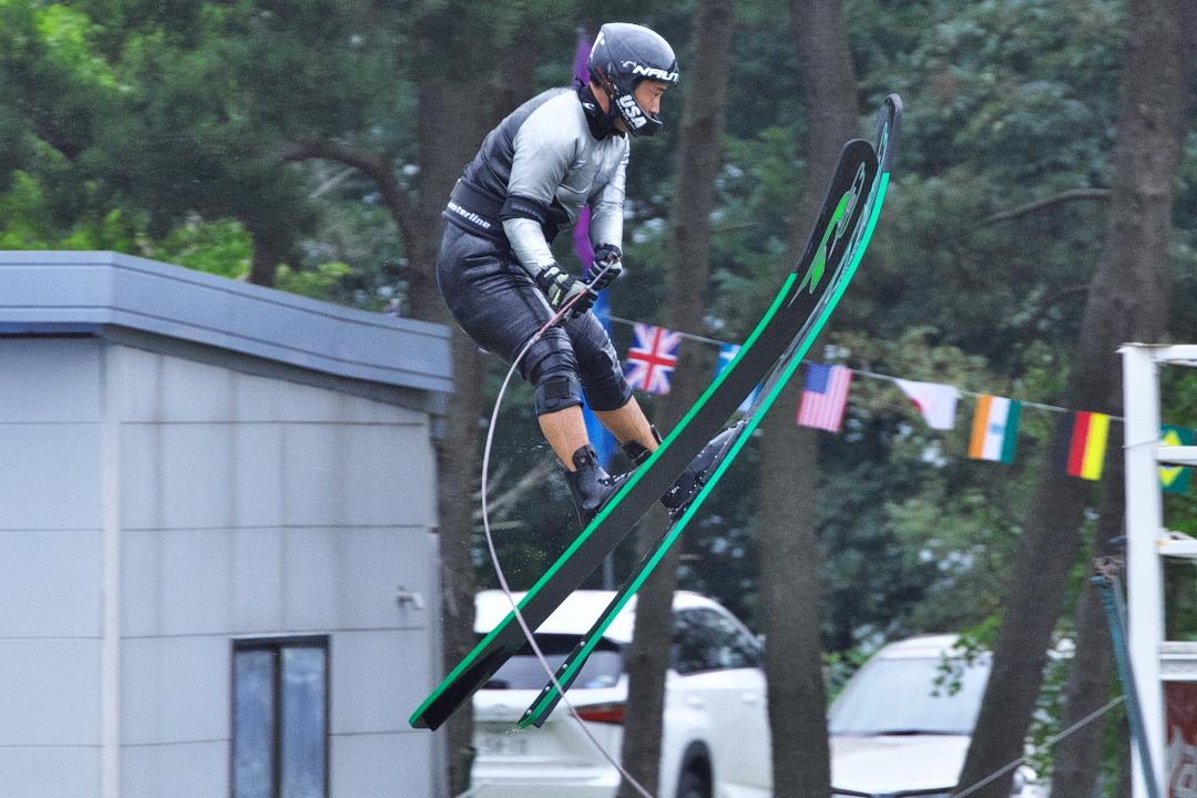 万宝大祐選手(慶4)2015JCCW M's Jump 3位