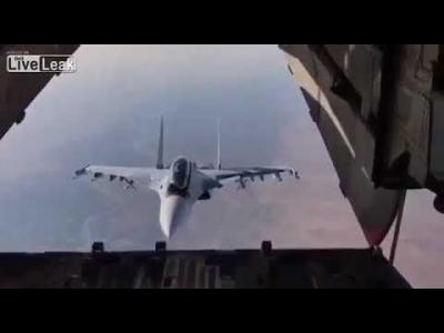 【スゴイ!】ロシア戦闘機パイロットのテクニック!