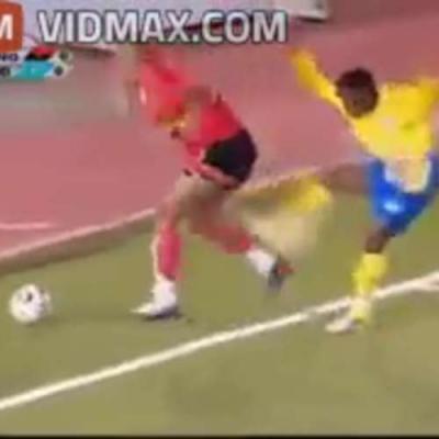 【苦笑】本当にサッカープレイヤーは人間性が欠けてる・・・