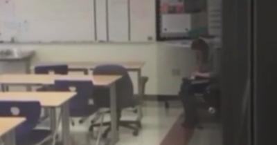【衝撃!】女教師が教室でコカイン吸引の瞬間映像・・・逮捕だよね!