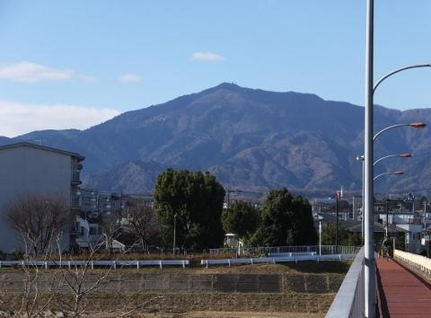 鮎津橋より大山を望む