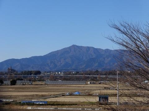 相武台下駅より大山を望む