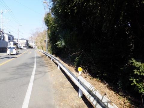 県道46号線・相模原市新磯小入口交差点付近