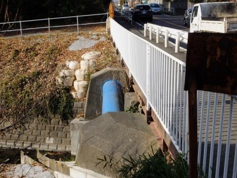 神奈川県営水道・鳩川水管橋