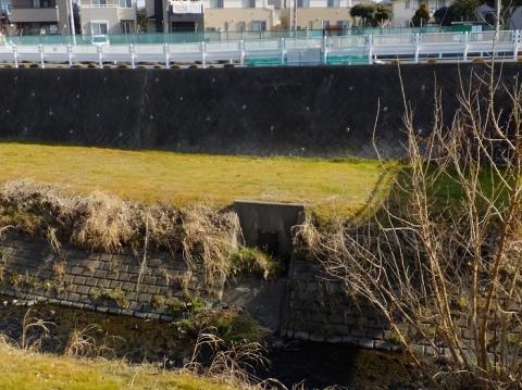 下中丸第1雨水調整池とフラップゲート