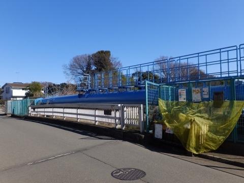 かじこ橋の神奈川県営水道水管橋