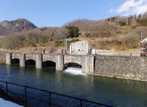 八ツ沢発電所・取水口制水門