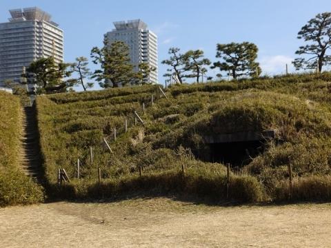 都立台場公園(第三台場)階段と弾薬庫跡