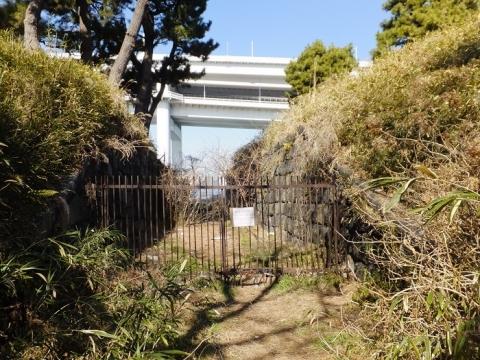 都立台場公園(第三台場)北側角の通路