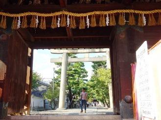 hushimimomoyama11.jpg