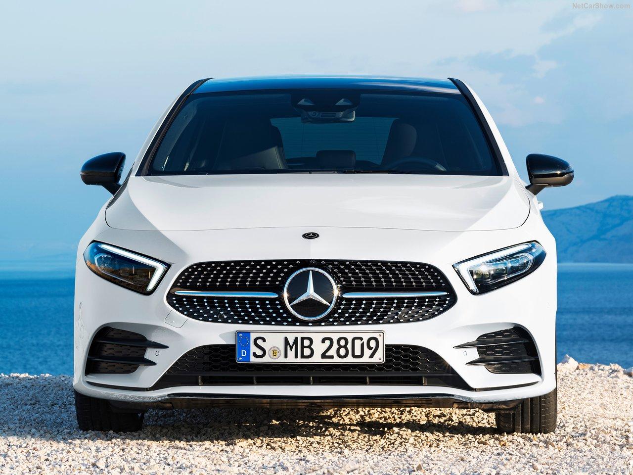 Mercedes-Benz-A-Class-2019-1280-24.jpg