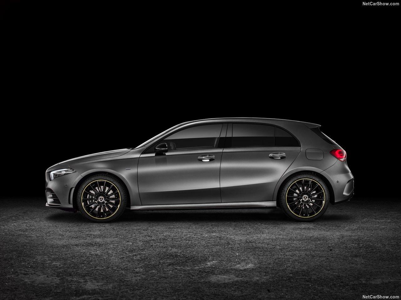 Mercedes-Benz-A-Class-2019-1280-28.jpg