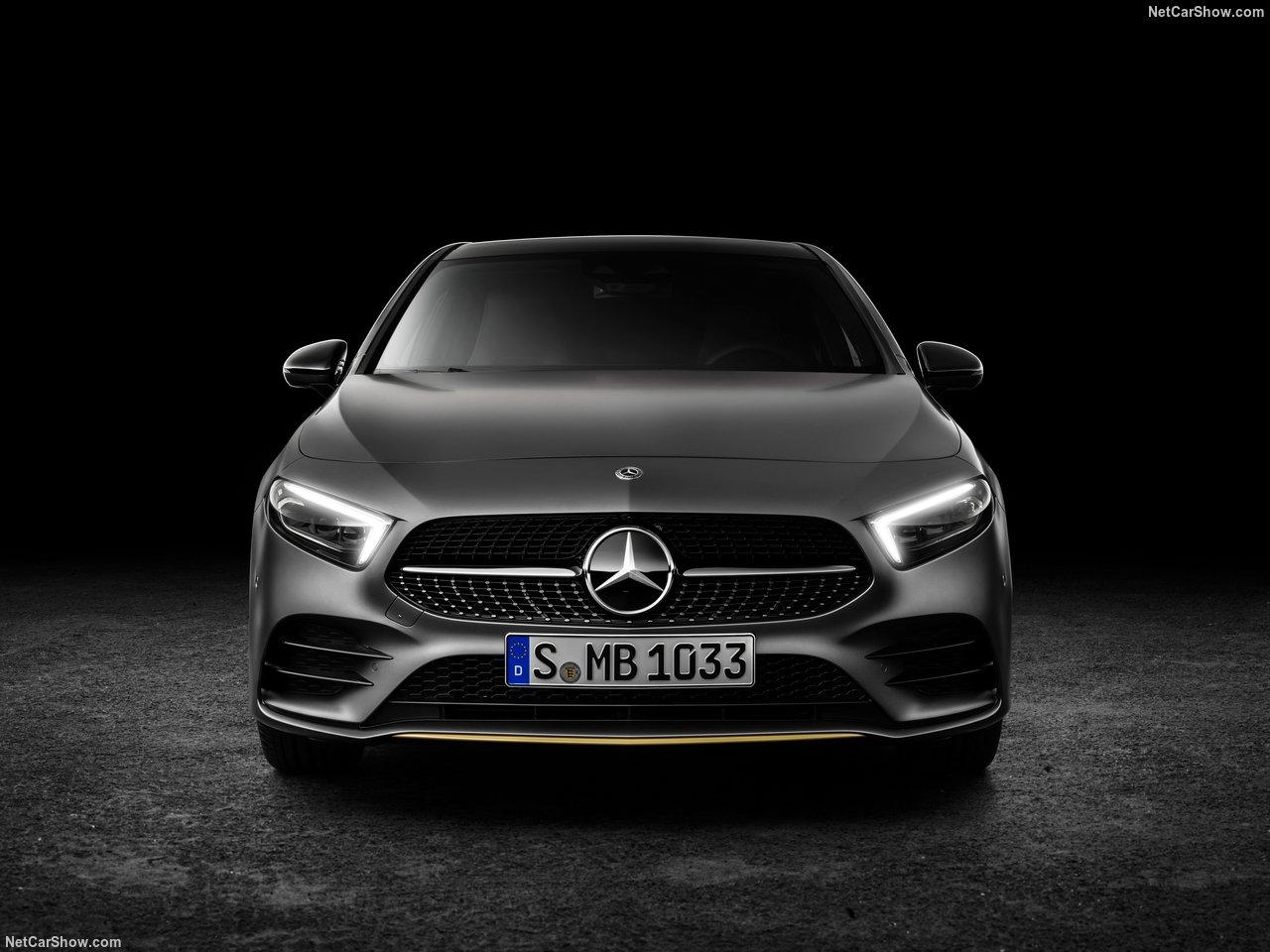 Mercedes-Benz-A-Class-2019-1280-2b.jpg