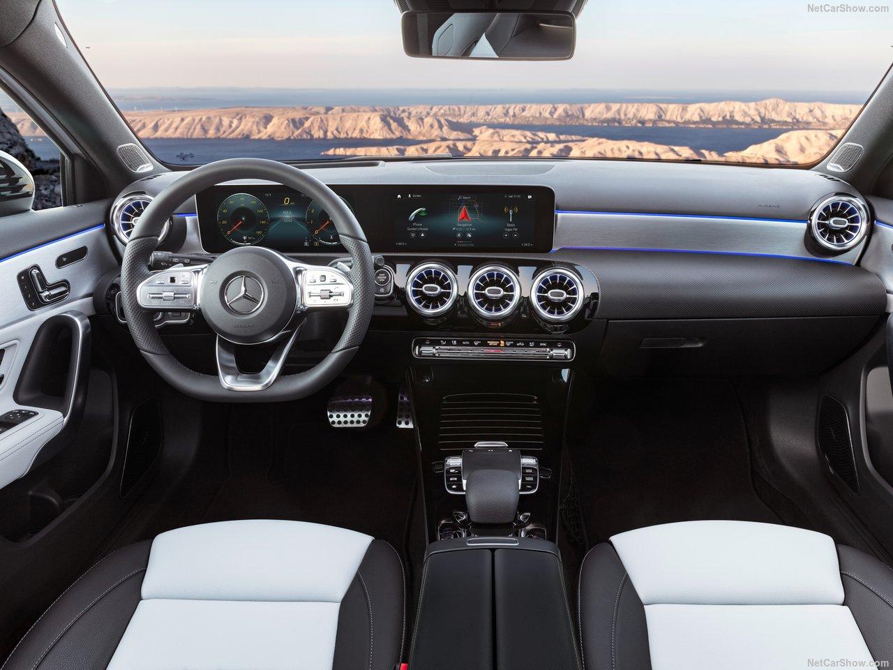 Mercedes-Benz-A-Class-2019-1280-30.jpg