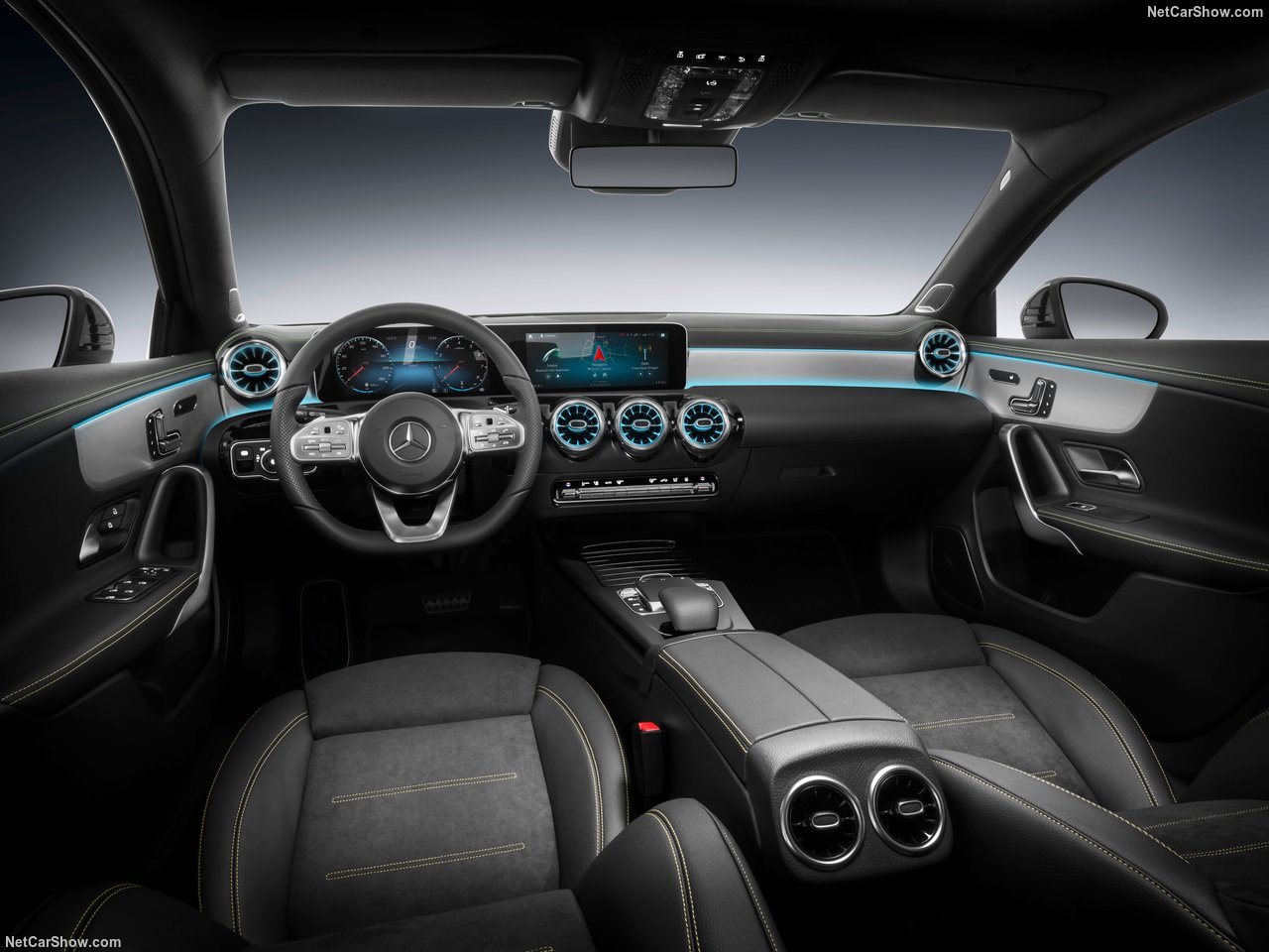 Mercedes-Benz-A-Class-2019-1280-35.jpg