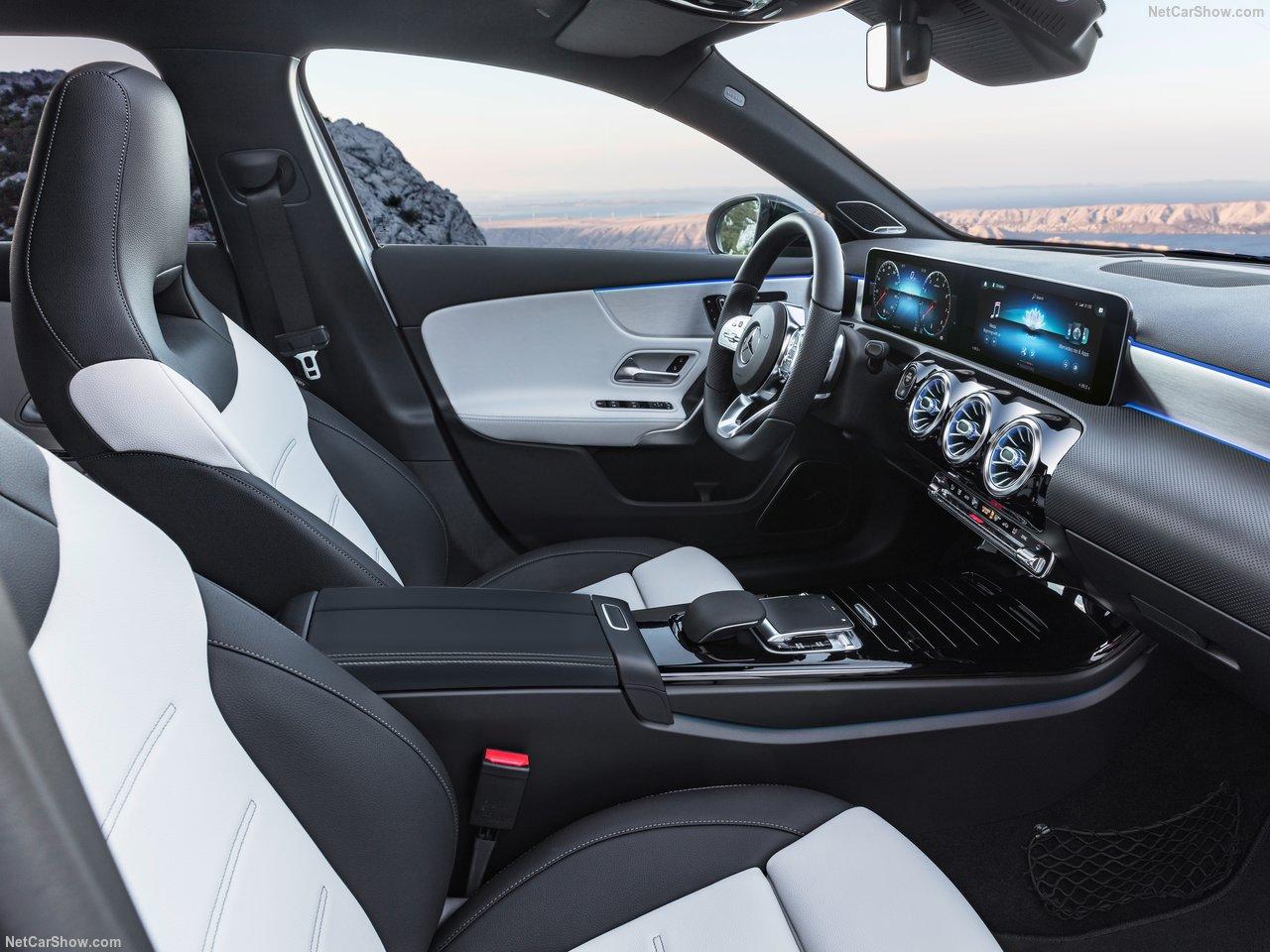 Mercedes-Benz-A-Class-2019-1280-3a.jpg