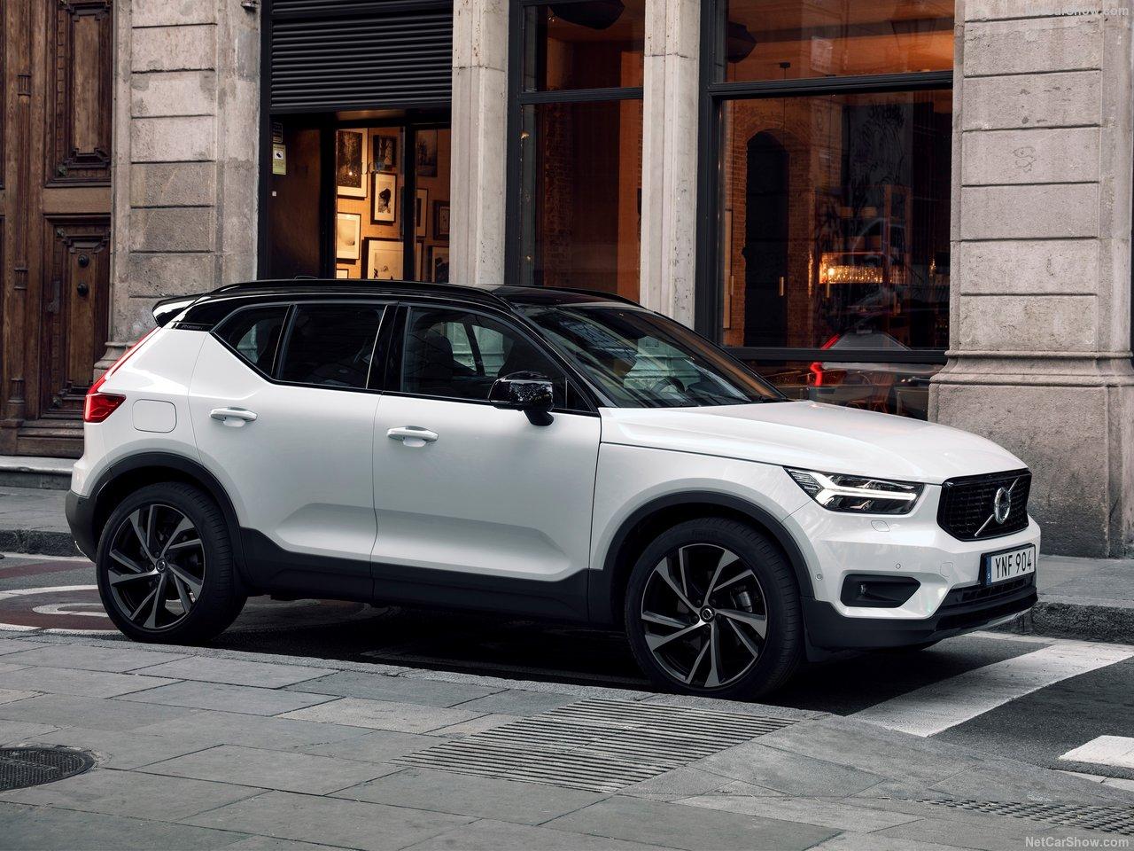 Volvo-XC40-2018-1280-0c.jpg