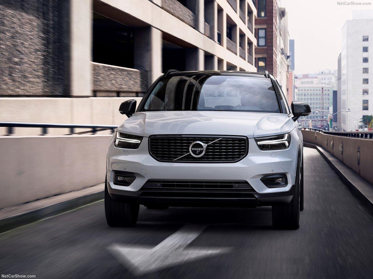 Volvo-XC40-2018-1280-4f.jpg