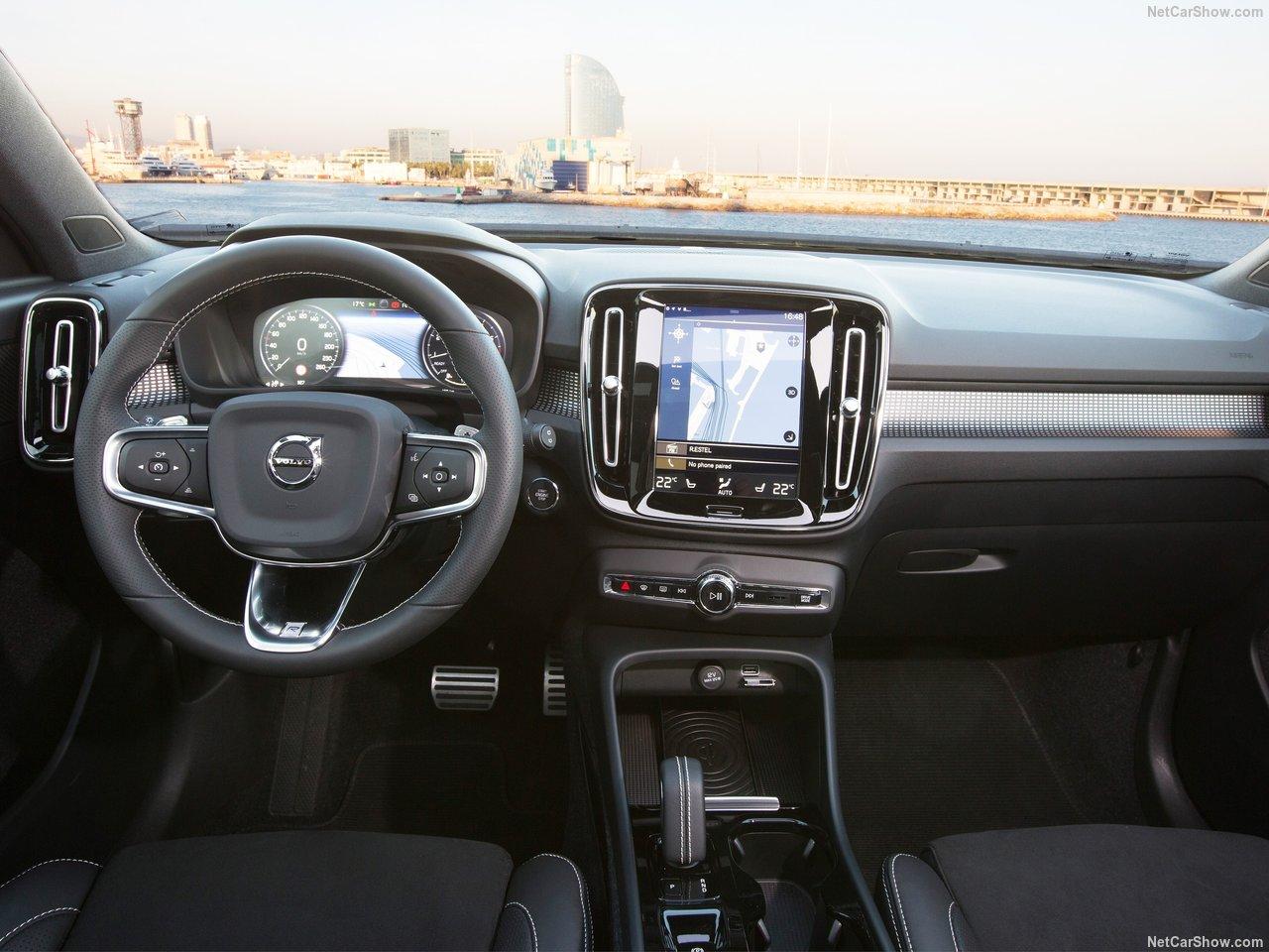 Volvo-XC40-2018-1280-65.jpg