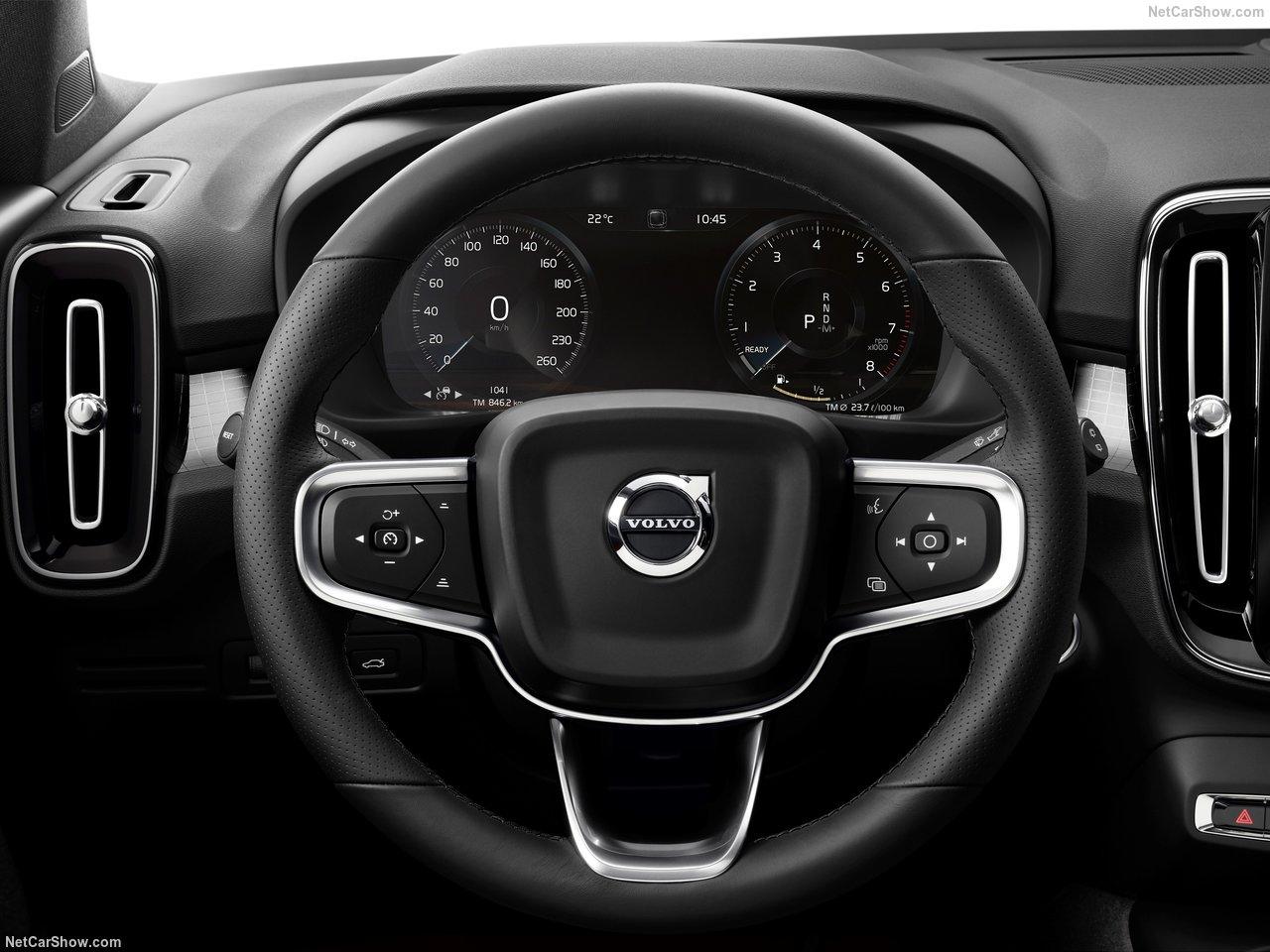 Volvo-XC40-2018-1280-69.jpg