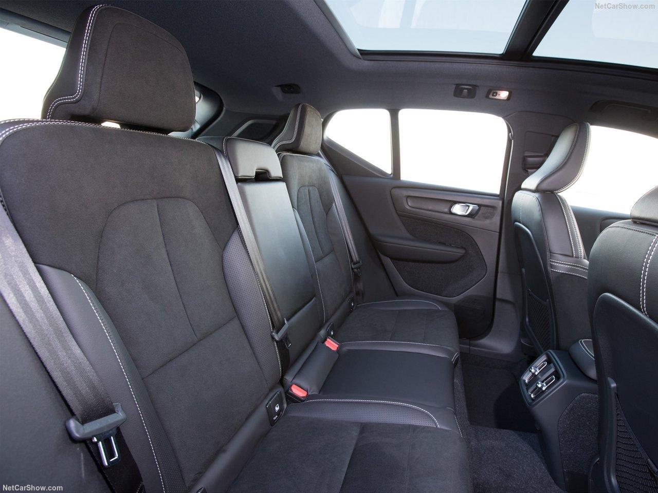 Volvo-XC40-2018-1280-6e.jpg