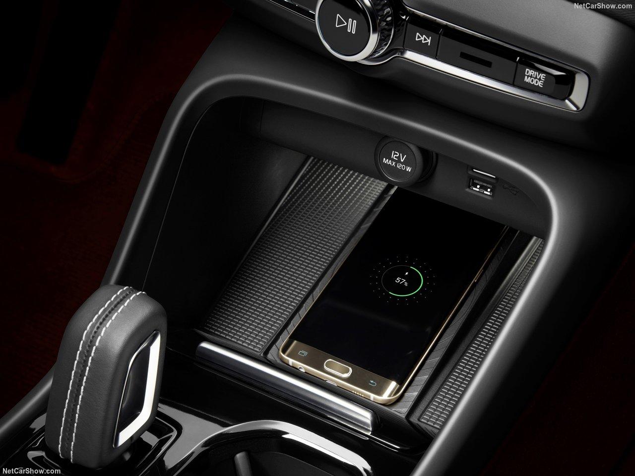 Volvo-XC40-2018-1280-74.jpg