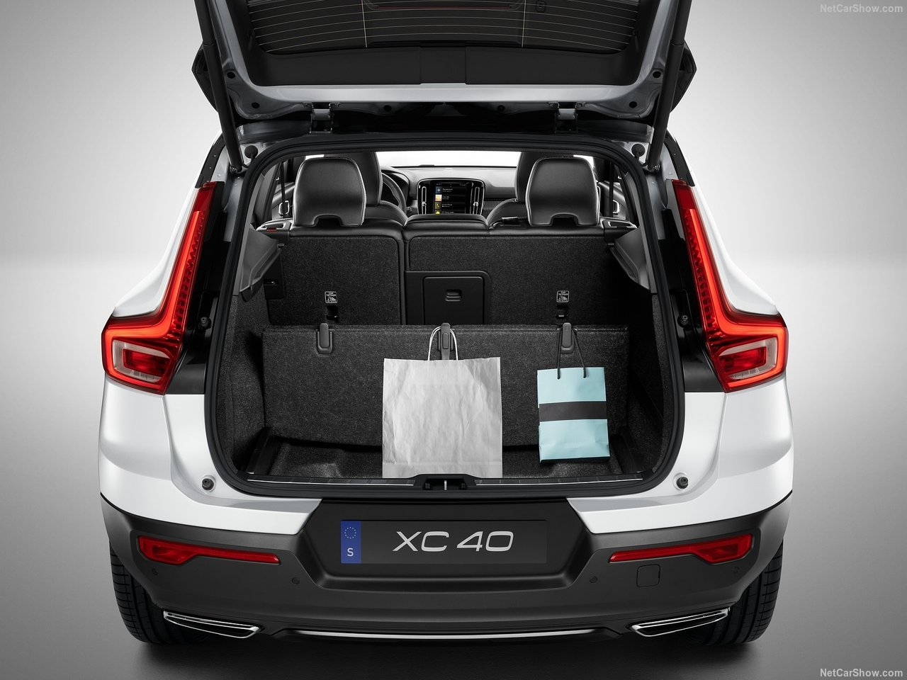 Volvo-XC40-2018-1280-85.jpg