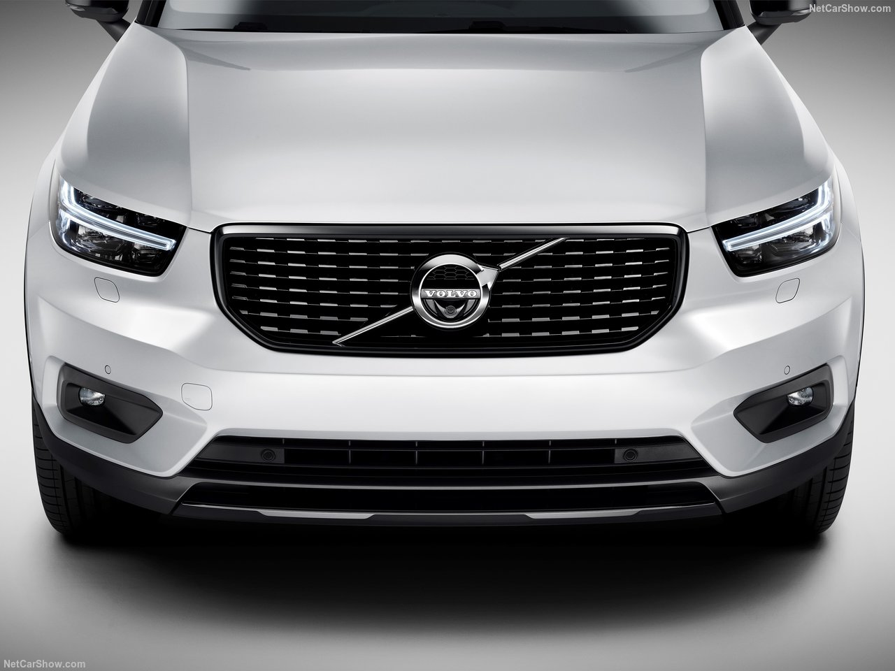 Volvo-XC40-2018-1280-8a.jpg