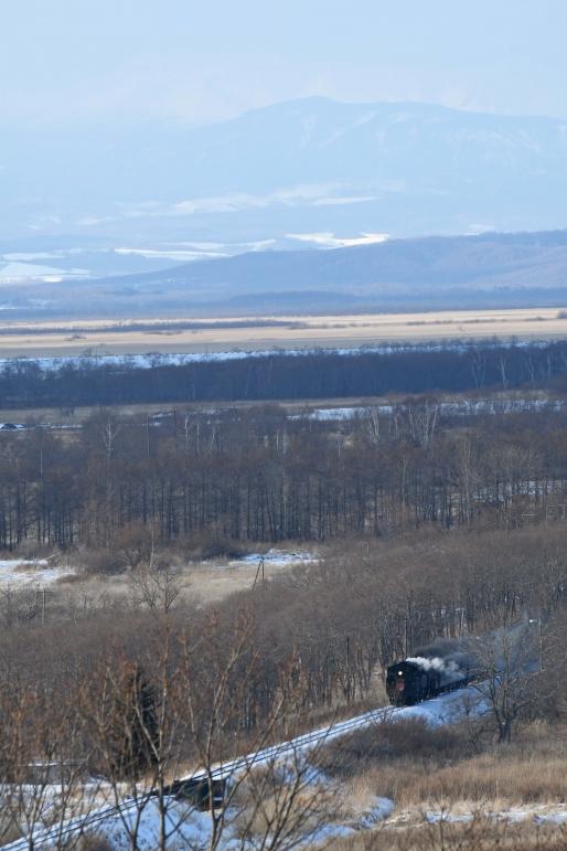 SL冬の湿原号