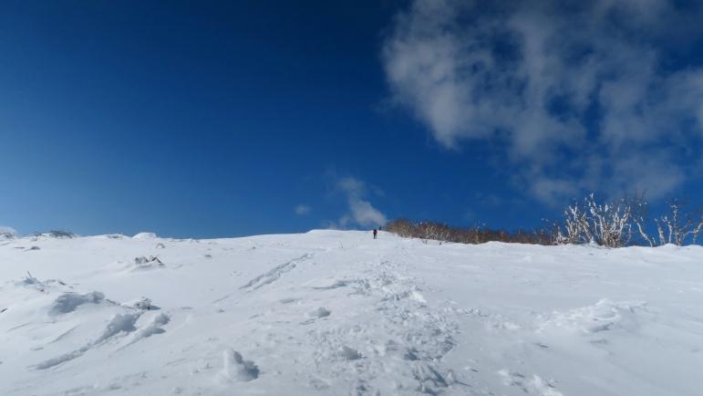 スノーシューで藻琴山