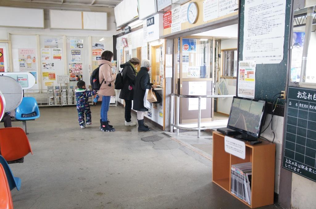 中央弘前駅09