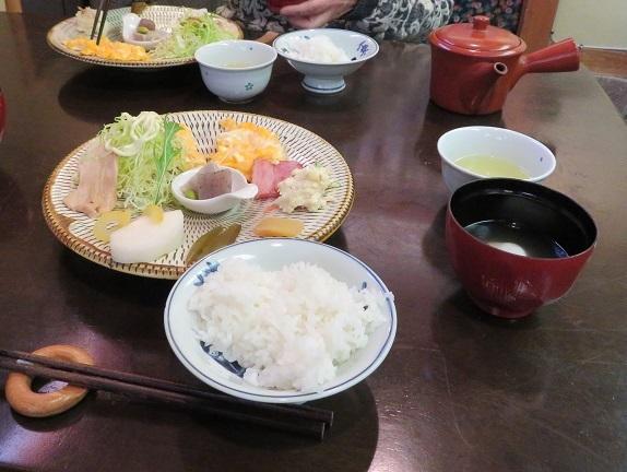 5H02 朝食500円 0103