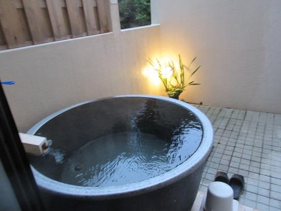 6F03・ 露店風呂 1028