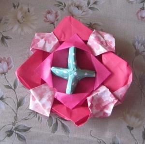 孫の作った折り紙の駒