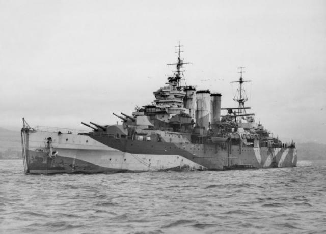 HMS_Sussex_(96)_convert_20171228135258.jpg