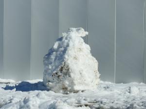 雪だるまの跡?