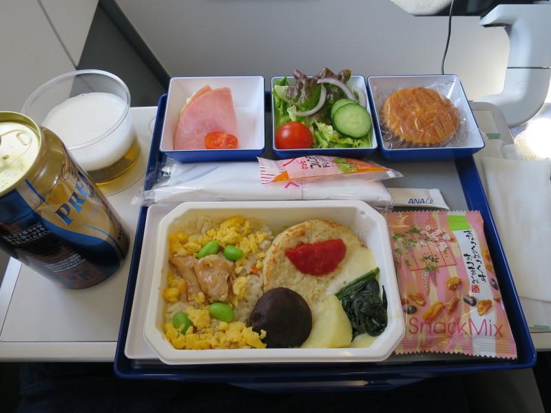 NH977 機内食