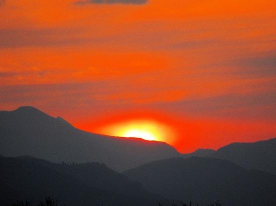 前山の夕暮れ